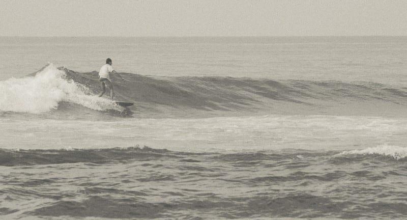 Sunshinestories-surf-sri-lanka-midigama-lazy-left