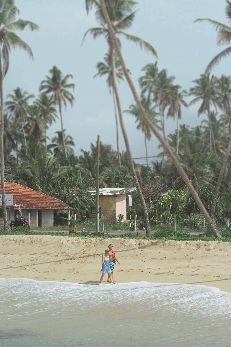Sunshinestories-surf-sri-lanka-midigama-lazy-left-4479