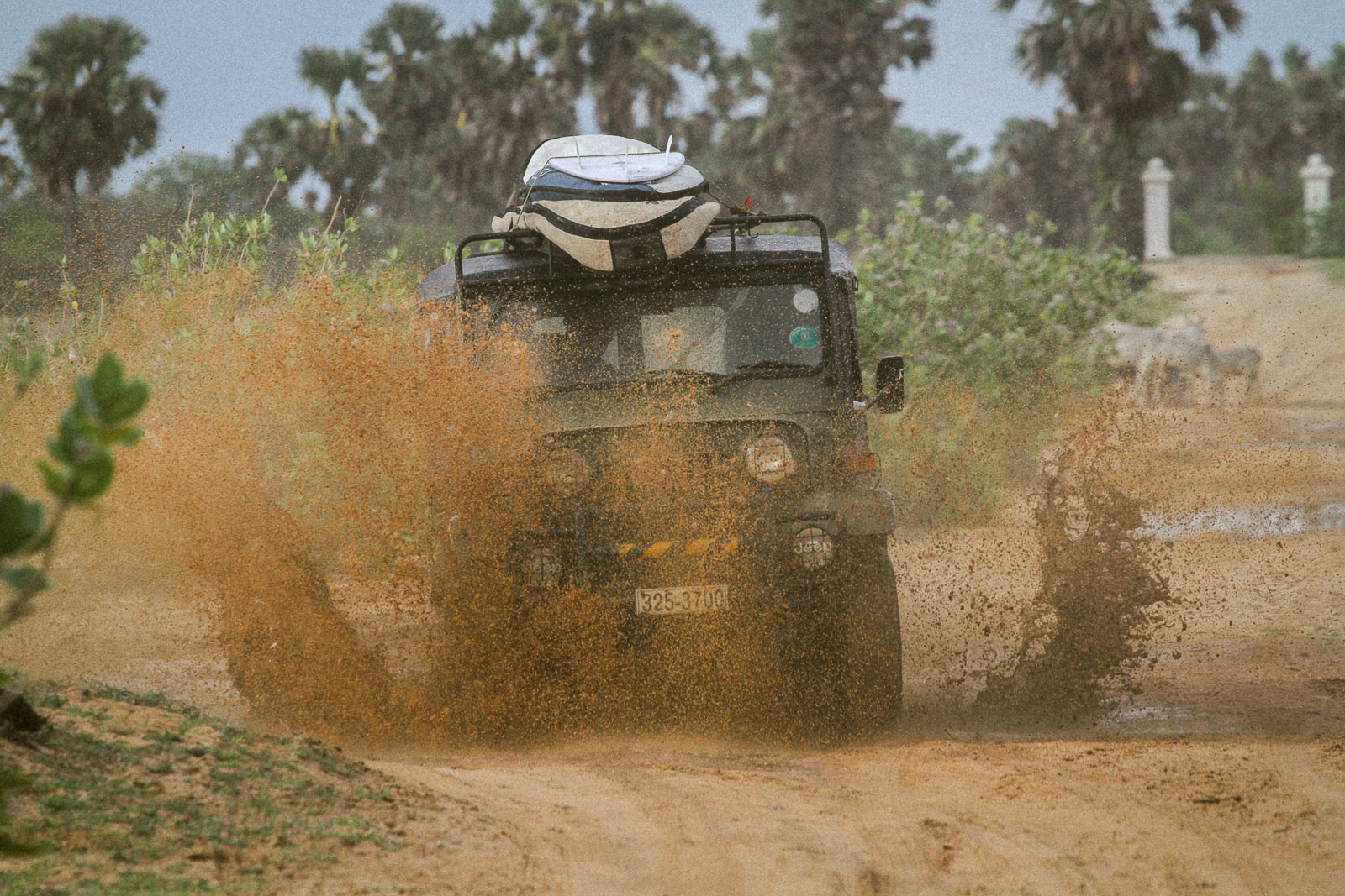 Sri Lanka-Arugam Bay-Surf-Offroad-Jeep-Safari-Surfari-Jungle-Adventure-IMG_2971