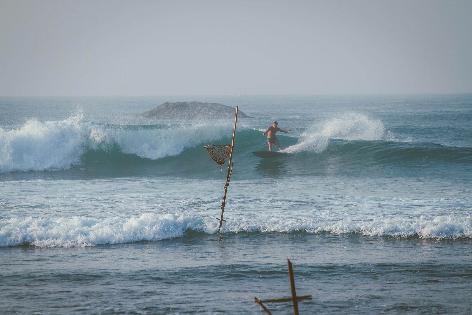 Sri Lanka-Ahangama-Kabalana-The rock-Surf-Barrel-Big swell-Midigama-Surfing-travel-blog-IMG_8700