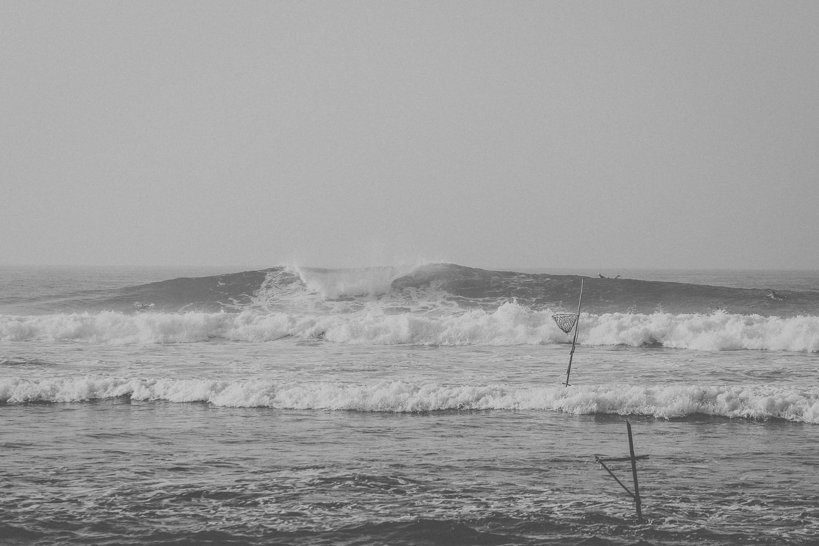 Sri Lanka-Ahangama-Kabalana-The rock-Surf-Barrel-Big swell-Midigama-Surfing-travel-blog-IMG_8790