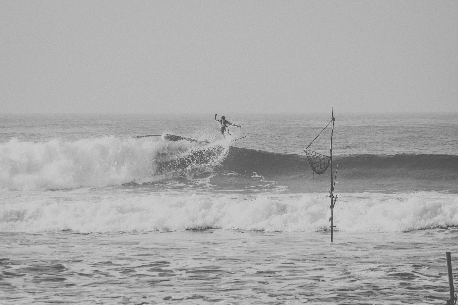 Sri Lanka-Ahangama-Kabalana-The rock-Surf-Barrel-Big swell-Midigama-Surfing-travel-blog-IMG_8885