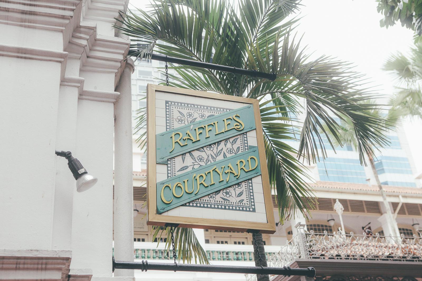 Singapore-raffles-singapore sling-bar-longbar-hotel-travel-blog-IMG_1961
