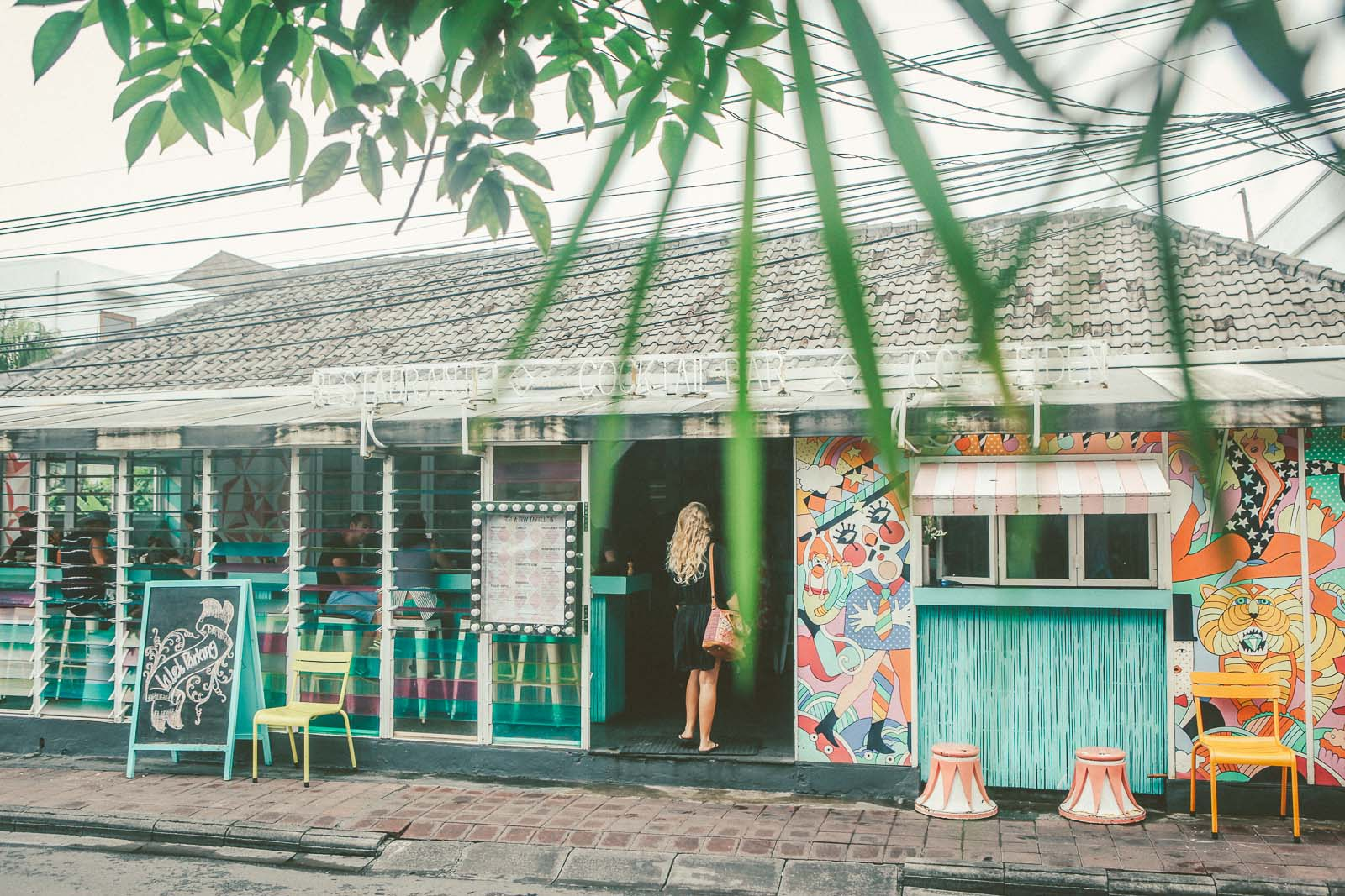 Bali-Travel-Blog-Seminyak-Restaurant-Bar-Breakfast-Surf-Uluwatu-The-Colonial-Hotel-Sea-Circus-2301