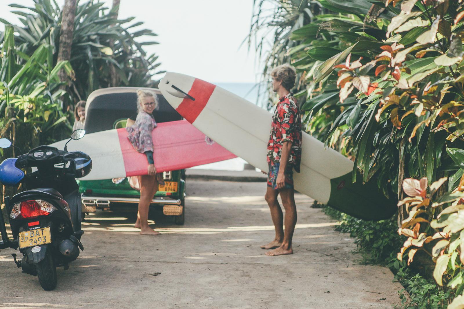 Sunshinestories-Sri-Lanka-Medawatta-Medawata-Meda-Watta-Mada-surf-Lonboard-Surfing-Wave-Surf-School-Camp-Yoga-Studio-IMG_0790
