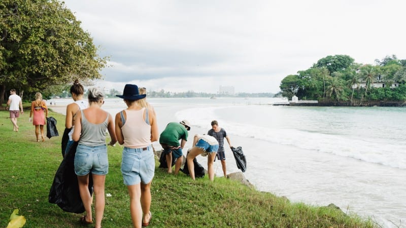 Sunshinestories x Beach Cleanup