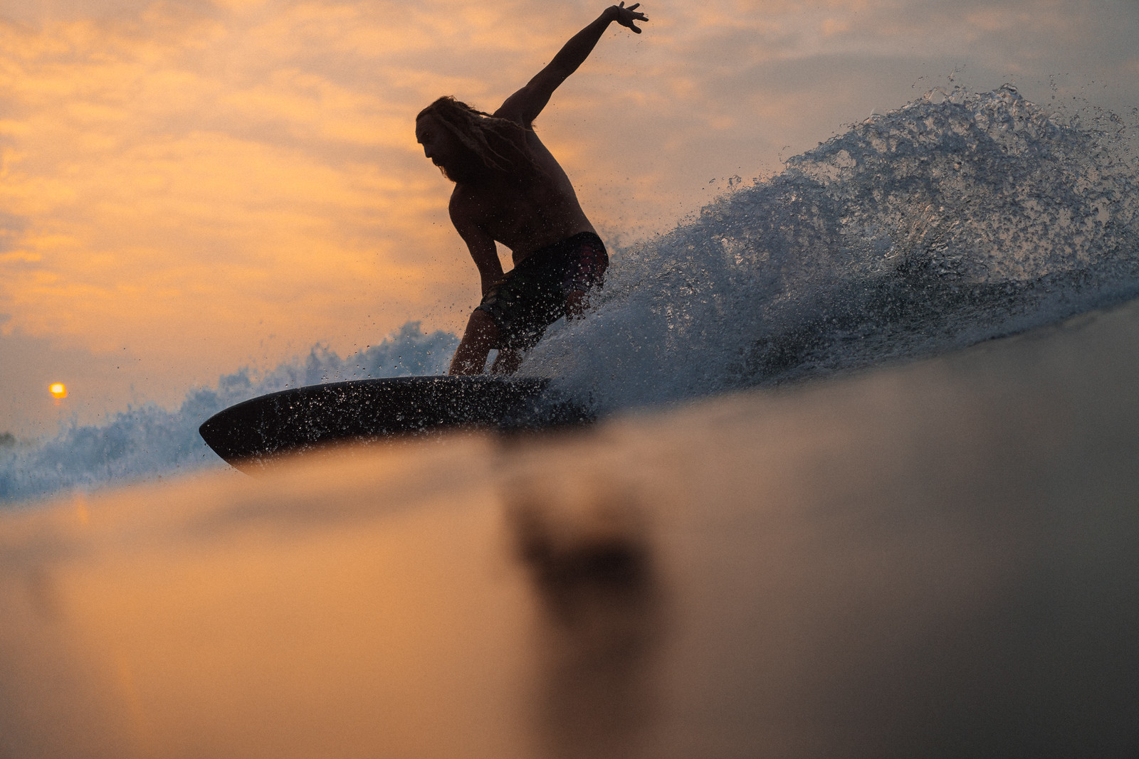surf-sri-lanka-sunset