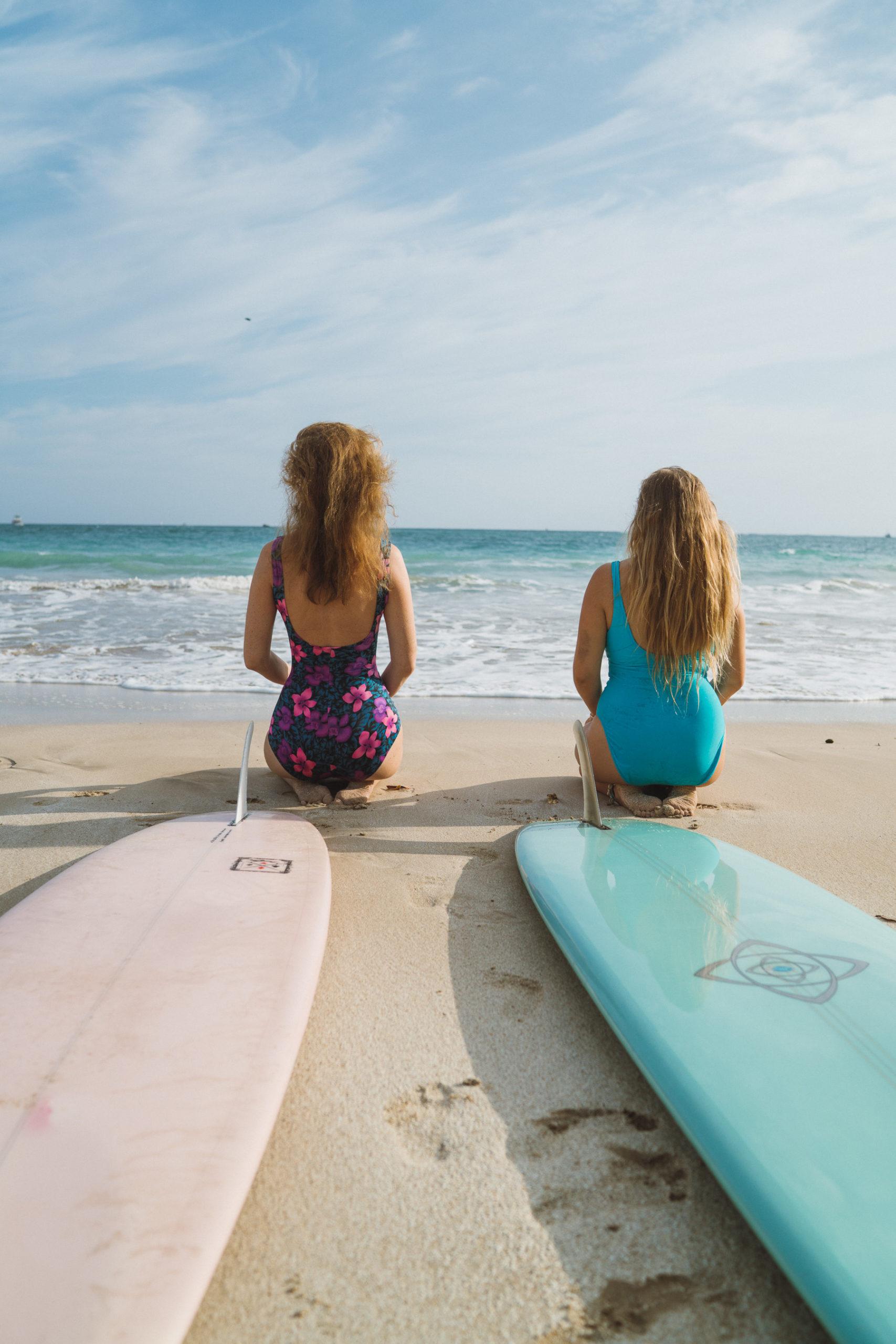 weligama-island-surfers
