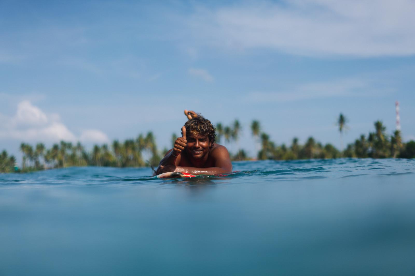 surf-lessons-sri-lanka