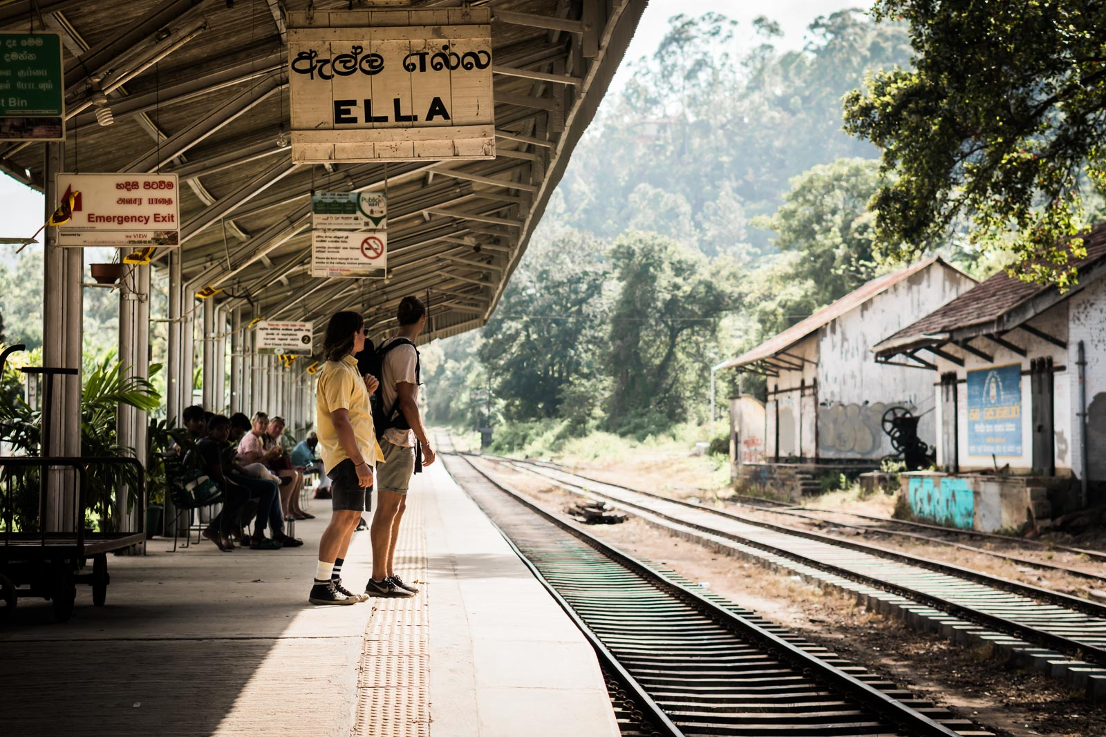 train-station-ella-sri-lanka