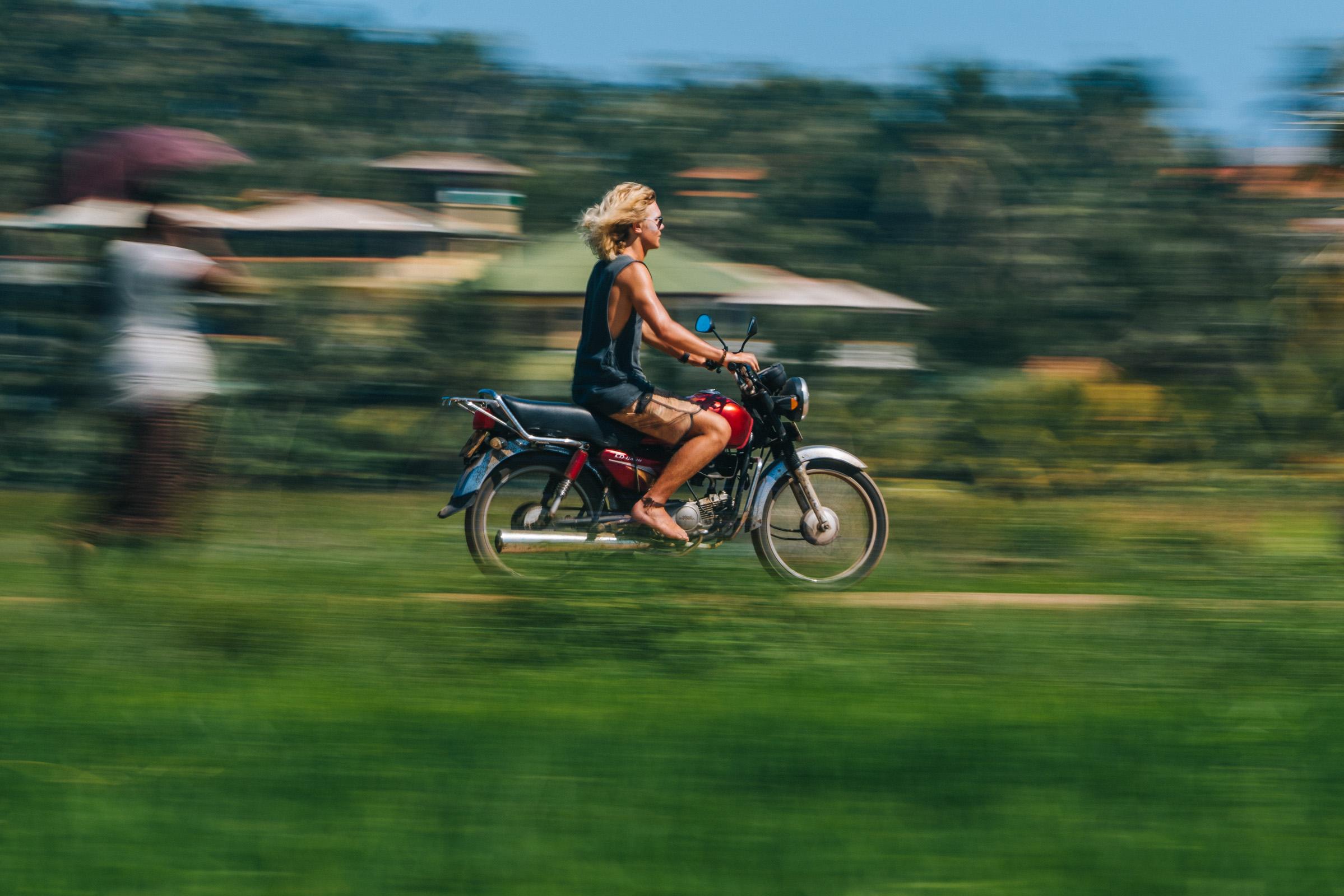 motorcycle-sri-lanka