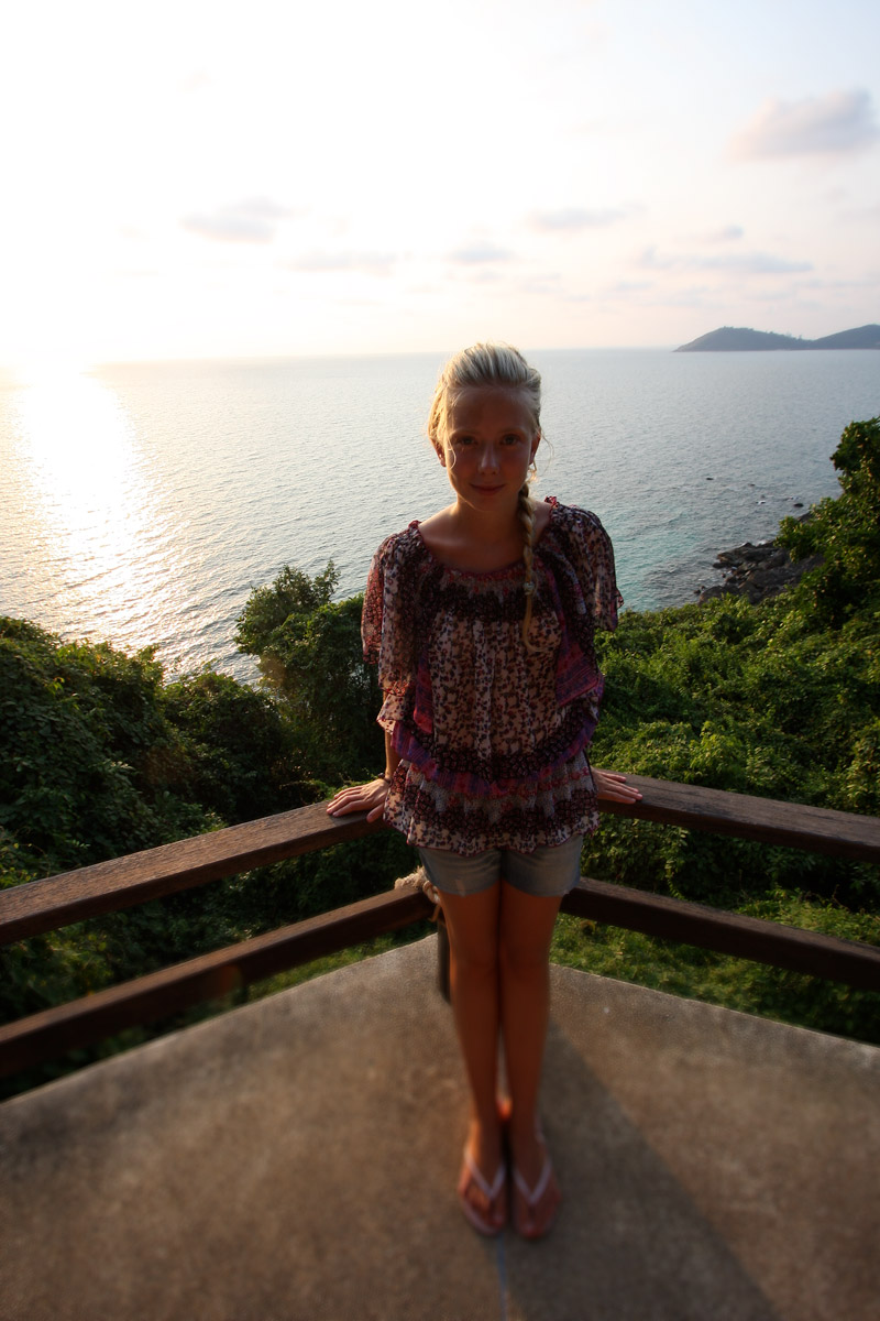 på toppen av en thailändsk ö