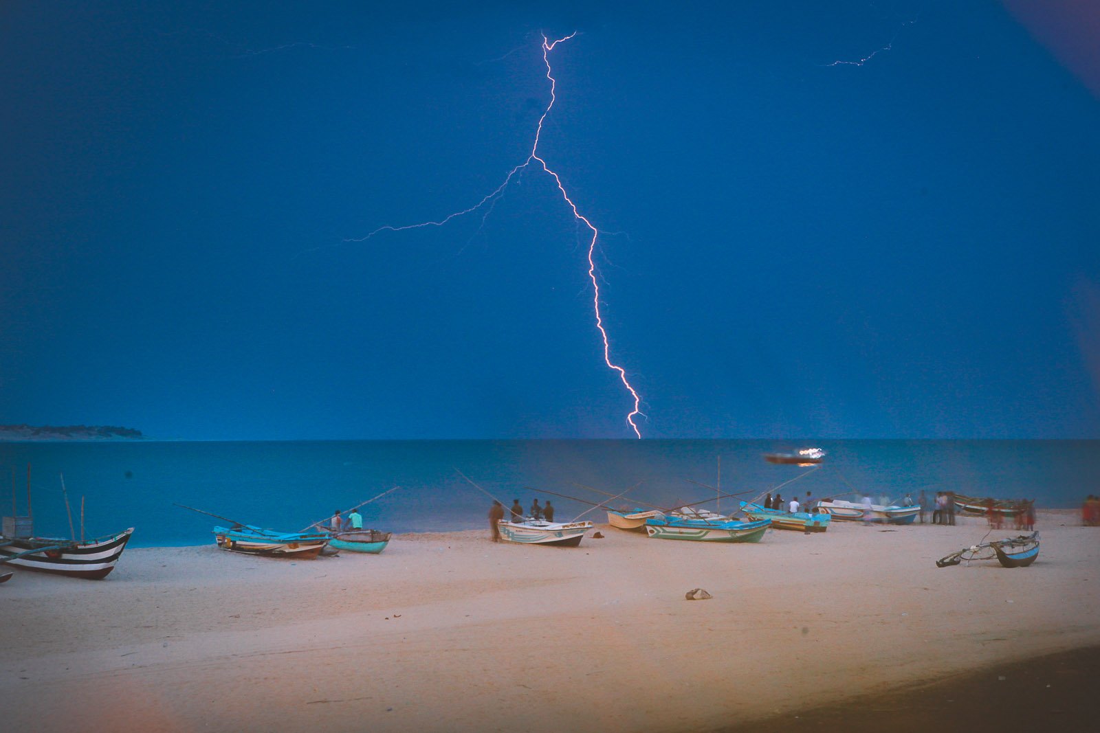 Tropical Thunderstorms