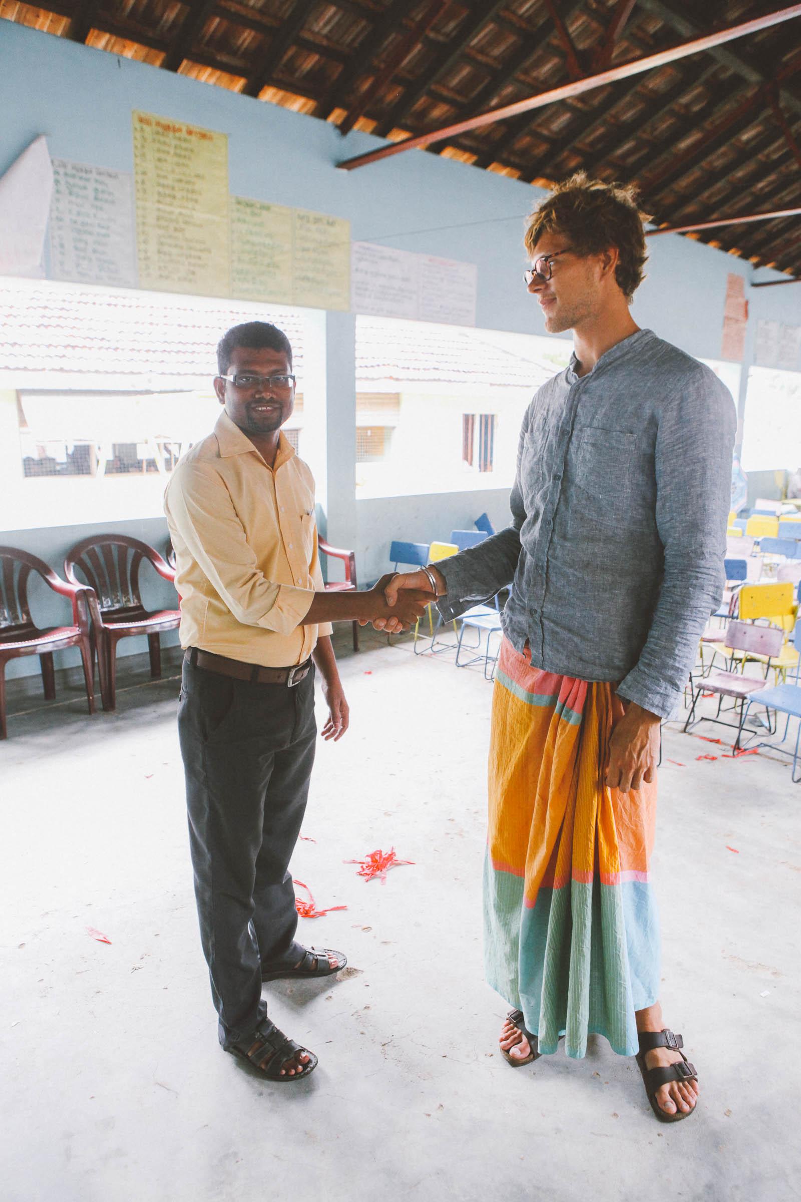 Sri Lanka-charity-school-voluenteer-work-pottuvil-IMG_5040
