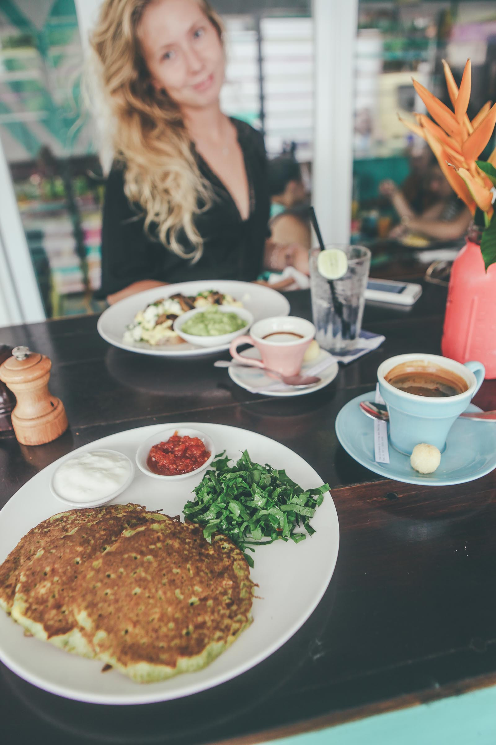 Bali-Travel-Blog-Seminyak-Restaurant-Bar-Breakfast-Surf-Uluwatu-The-Colonial-Hotel-Sea-Circus-2316