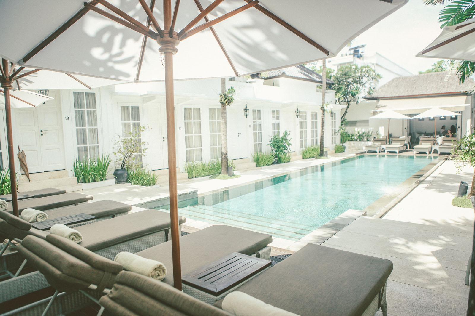 Bali-Travel-Blog-Seminyak-Restaurant-Bar-Breakfast-Surf-Uluwatu-The-Colonial-Hotel-Sea-Circus-2051-2